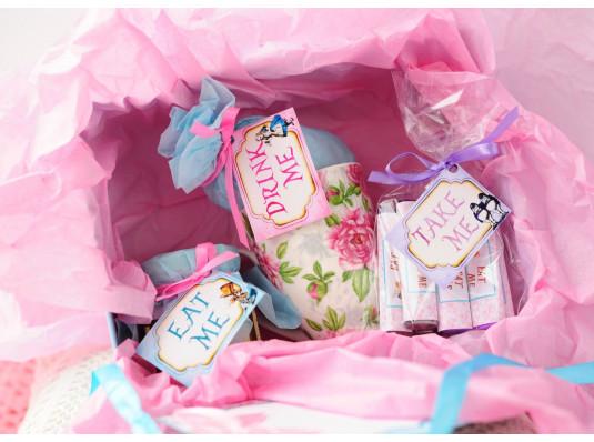Подарочный набор «Алиса в стране чудес» купить в интернет магазине подарков ПраздникШоп