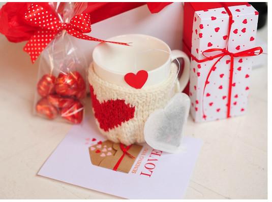 """Подарочный набор """"Love You Tea"""" купить в интернет магазине подарков ПраздникШоп"""