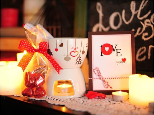 """Подарочный набор """"Love Fondue"""" купить в интернет магазине подарков ПраздникШоп"""
