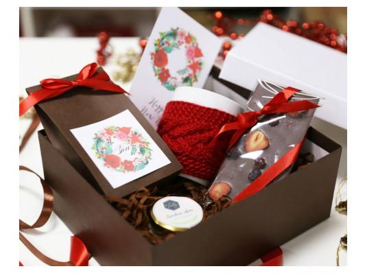 """Подарочный набор """"Клубничная  феерия"""" купить в интернет магазине подарков ПраздникШоп"""