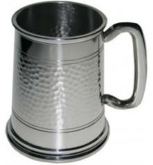 Пивной бокал (танкард) с чеканкой купить в интернет магазине подарков ПраздникШоп