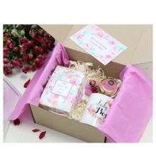 """Подарочный набор """"Весенний букет"""" купить в интернет магазине подарков ПраздникШоп"""