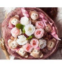 """Букет из мягких игрушек """"Комплимент"""" купить в интернет магазине подарков ПраздникШоп"""