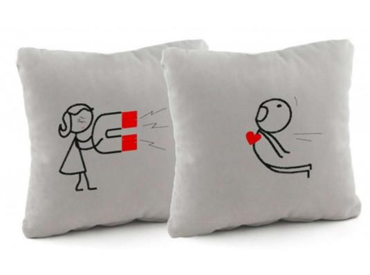 Подушка «Магнит», 2 цвета купить в интернет магазине подарков ПраздникШоп