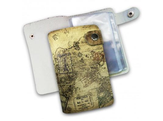 """Кожаная кредитница на кнопке """"Путешественник"""", 20 карт купить в интернет магазине подарков ПраздникШоп"""