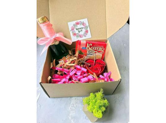 """Подарочный набор """"Для любимой"""" купить в интернет магазине подарков ПраздникШоп"""