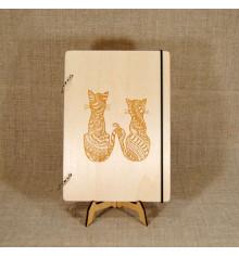 """Блокнот с деревянной обложкой """"Коты"""" купить в интернет магазине подарков ПраздникШоп"""