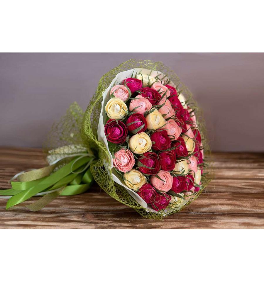 Розы интересные букет из конфет, букеты брянск цены