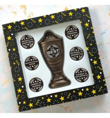 """Шоколадный набор """"Кубок с номинациями женщине The Best"""" купить в интернет магазине подарков ПраздникШоп"""