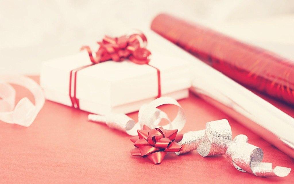 Подарок на День Рождения купить в интернет магазине подарков ПраздникШоп