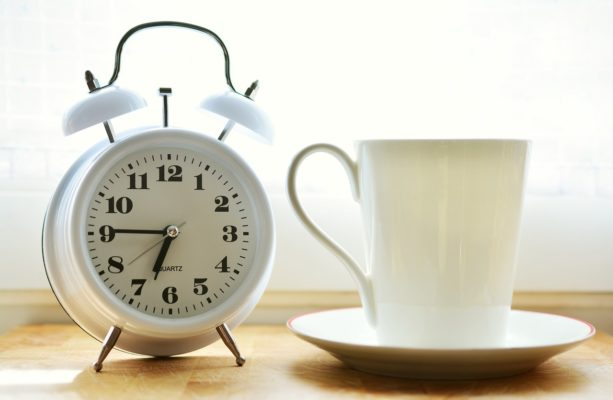 Оригинальные будильники купить в интернет магазине подарков ПраздникШоп